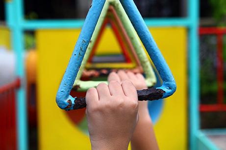 Gioco_divertimento_laboratorio_counseling_ragazzi_bambini